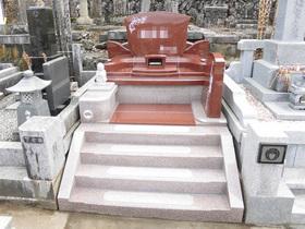 画像:都留市 デザイン墓石・完成1